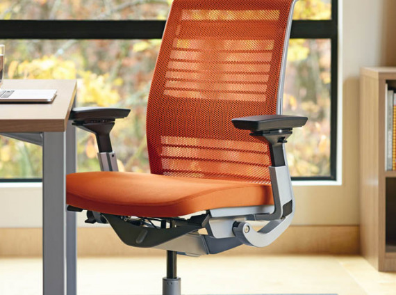 ergonomic-chair-review-the-steelcase-think-main
